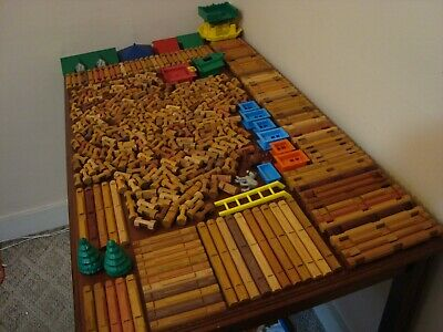 Lincoln Logs HUGE Lot 427 Pieces Roofs Windows Castle TONS of Different Pieces