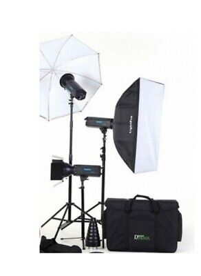 Studio flash lighting kit - 3 x 500w heads, stands, umbrella and large softbox