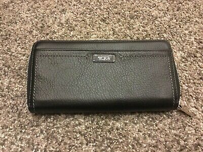 TUMI Leather Zip-Around Continent Accordian Wallet Black-041481DO