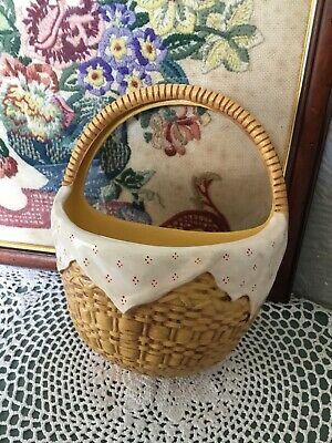 Lovely 1930s Art Deco Basket Wall Hanging Posy Vase #5469