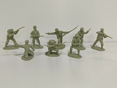 TSSD 1/32 WWII U.S. Infantry 8 Figures 8 Poses Light Green