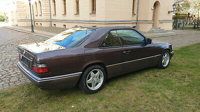 Mercedes W124 Coupe -- 320 CE --- Sportline --  org. erst 171 tkm