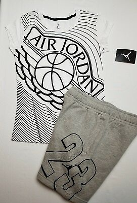 Nike Air Jordan Girls 2 PC Set Shirt Tee & Fleece Shorts Outfit Size Med