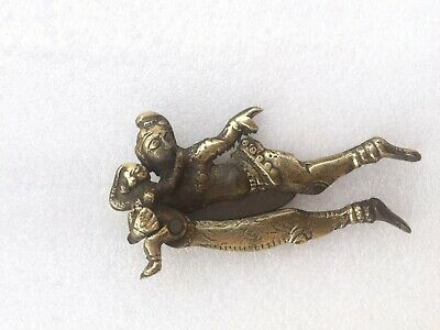 SAROTA OLD ANTIQUE BRASS BABY /& MOTHER HANDCRAFTED BETEL NUT CUTTER
