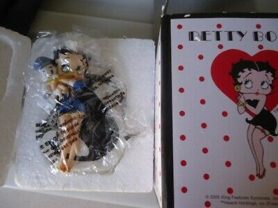 Betty Boop Letter S for Sailor Betty Figurine Ornament Gift – Westland