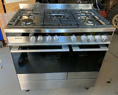 Fisher and Paykal 90 cm Freestanding Cooker, Duel Fuel