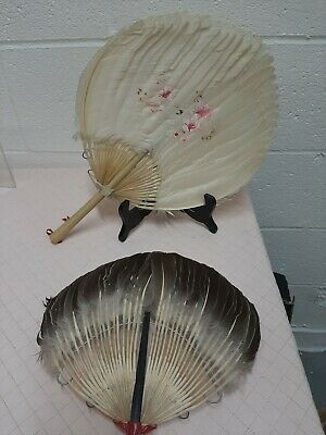 Vintage Chinese Canton White Feather Hand Painted Fan/Face Screen + Grey Feather
