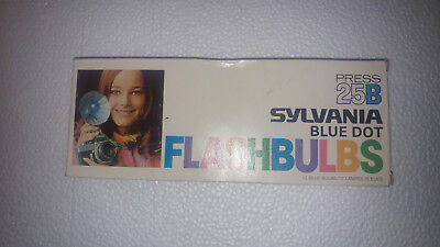 Box Of 11 Vintage Sylvania Press 25B Flash Bulbs