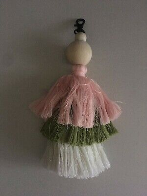 Large tassel keyring with wooden bead detail