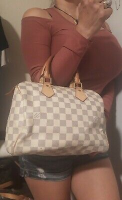 Authentic Louis Vuitton Damier Azur Speedy 25  Bag $1080+TAX pls view pic