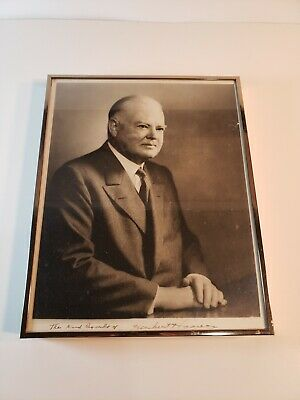 UNITED STATES President HERBERT HOOVER Genuine Hand Signed Autograph 8x10 Photo