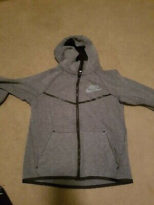 Nike Boys Tech Fleece Hoodie Size M (10-12)