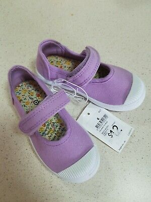 Target infant / toddler girls shoes purple size 6