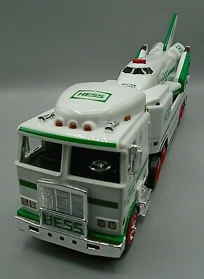 HESS 1999 TOY TRUCK AND SPACE SHUTTLE with SATELLITE Collectible Original Box