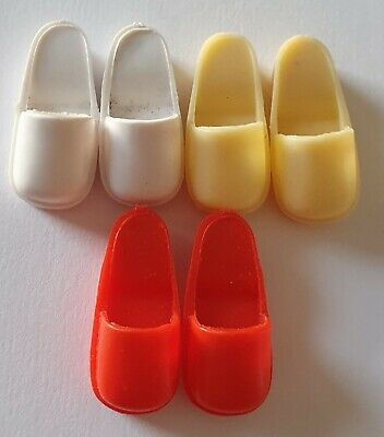 Vintage Pedigree Sindy fashion doll red white cream shoes clogs sliders / mules