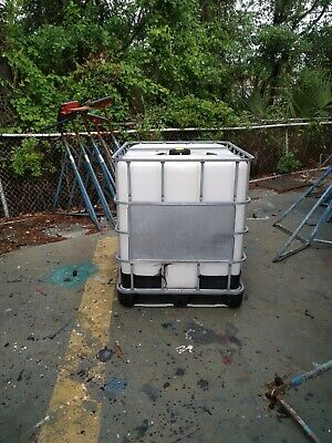IBC TOTE LIQUID STORAGE TANK 275 Gallon-LOCAL PICK UP ONLY