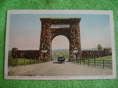 Vintage Arch at Northern Entrance to Yellowstone Park Postcard