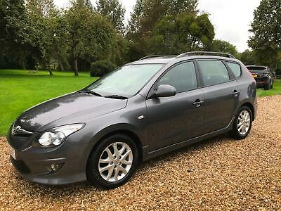 Hyundai i30 1.6CRDI ESTATE( 115ps ) 2010MY Comfort