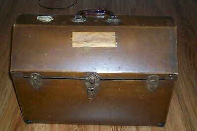 "Antique Vintage 1940'S Brown Hard Pet Carrier With Side Curtain 20"" Wide 3 Clasp"