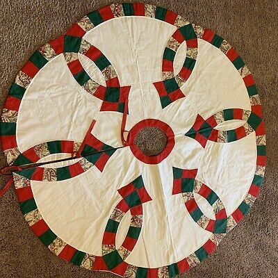 DISNEY STAR WARS CHRISTMAS TREE SKIRT NIP 48 INCHES IN DIAMETER
