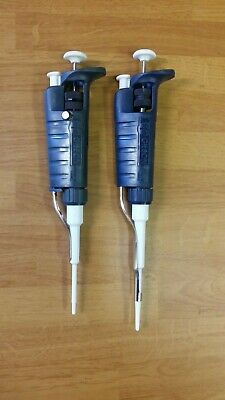 Set of 2 Gilson Pipetman Adjustable Pipettes P10, P20
