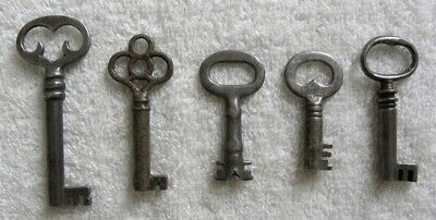 5 Vintage Furniture, Cabinet Skeleton Door Lock, Padlock Barrel Keys (A)