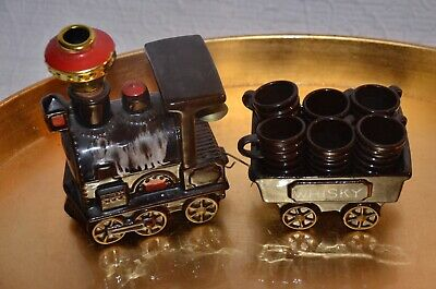 VINTAGE BAR WARE Train Whisky Decanter Set with Caboose and Shot Glasses