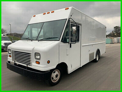 2013 Ford E-350 18 Foot Food Truck, Generator, Circuit Box, Services Window