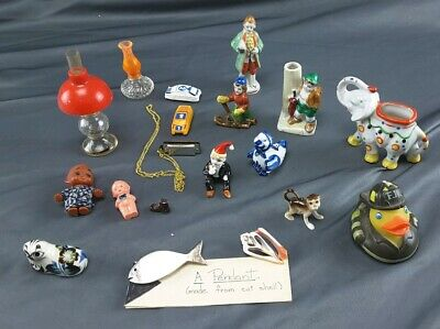Vintage Misc Lot Of Miniature Decorative Figures Shell Pendant Plastic DOLL