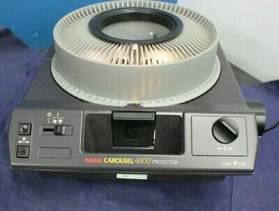 Vintage Kodak Carousel Projector 4600 with  Projection Lens