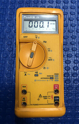 Fluke 29 Series II Multimeter with Shock-Proof Case - Excellent Condition!