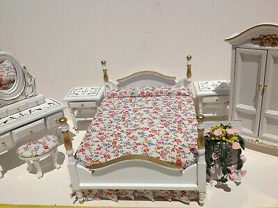 Dollhouse Miniature Furniture Bedroom Furniture Set w/ Flower 1:12(All included)