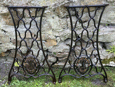 ORIGINAL Vintage Cast Wrought Iron Treddle Singer Sewing Machine Base Table Legs