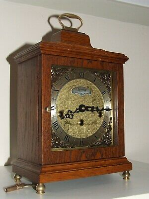 DUTCH Warmink Oak Bracket/Mantel Clock Westminster Chiming,5 Hammers,Silent Opt.