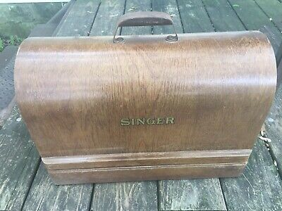 Antique Singer Sewing Machine Working with Carrying Case