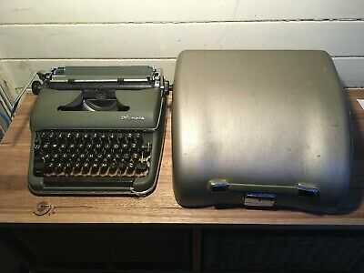Rare Vintage SM-2 1955 Olympia portable typewriter with case