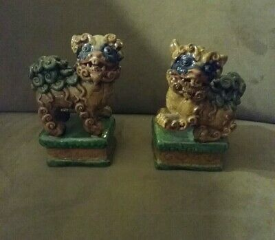 Lovely Pair of Antique Chinese Porcelain Statues - Foo Dogs