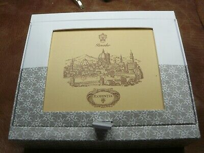 Pineider Florentia Box Of 15 Cards/Envelopes  In Ivory    6 X 4 1/4'' In Size