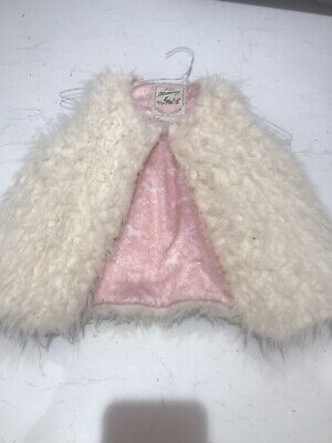 Girls Faux Fur Gilet Coat Jacket Age 6-7 Cream