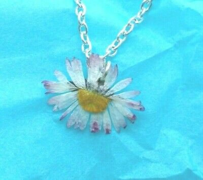 Gorgeous Handmade of REAL FLOWER DAISY necklace amazing gift  +pouch UK designer