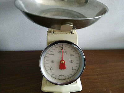 FD116) Traditional style cream coloured kitchen scales 3kg - needs some TLC