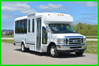 2010 Ford E-450 16 Passenger Paratransit Shuttle Bus Used