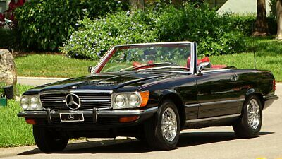 1972 Mercedes-Benz SL-Class EURO STYLE BODY 1972 MERCEDES BENZ 450SL EURO STYLE DESIGN GREAT COLOR COMBINATION BLACK AN RED