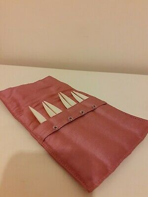 Mother Of Pearl Oyster Forks In A Beautiful Pink Satin Pouch