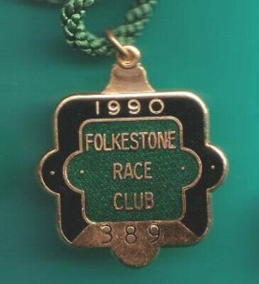 1990 FOLKESTONE racecourse annual member's badge (Course CLOSED?)