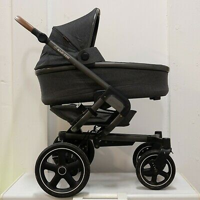 Maxi-Cosi Nova 4-Wheel Push Chair in Grey with Carry Cot and Winter Footmuff