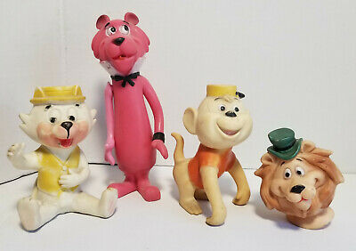Lot of  Vintage Bucky Hanna Barbera collectible Gold
