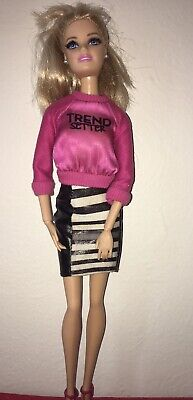 Barbie Styles Stylin' Friends 2013 Mattel With Original Clothes