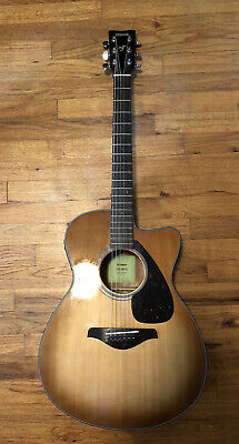 Yamaha FSX800C Concert Cutaway Acoustic Electric Guitar Cleaned Used Mint