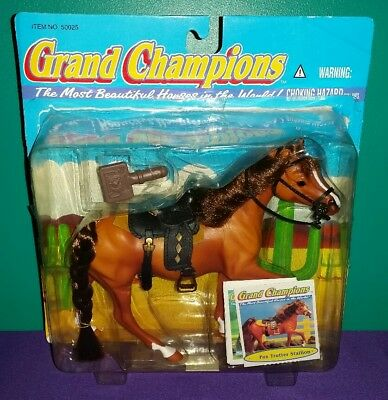 """USED Grand Champions Model Horse """"Fox Trotter Stallion"""" with Tack (Retired)"""